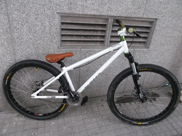Bicicleta Dirt - Dual NS Traffic Ed. especial en