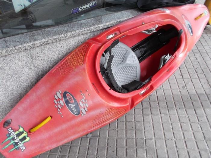 Kayak Pyranha InaZone 222 en