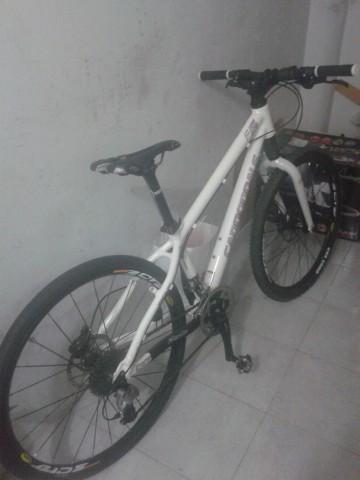 Bicicleta de montaña cannondale talla s en