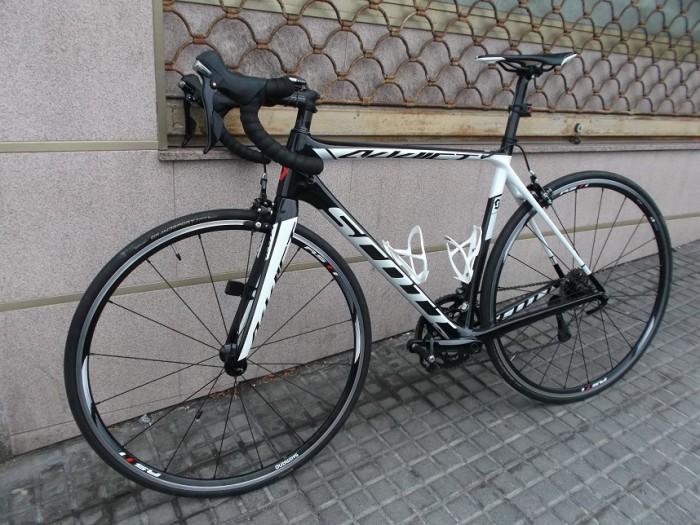 Bicicleta Scott Addict 30 Carbono en