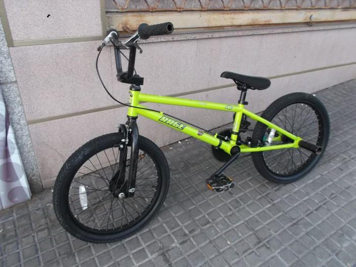 Bicicleta BMX DK Rage en