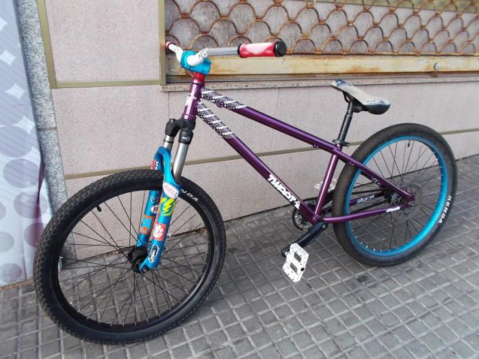 Bicicleta Dirt - Dual Tweet Spank en