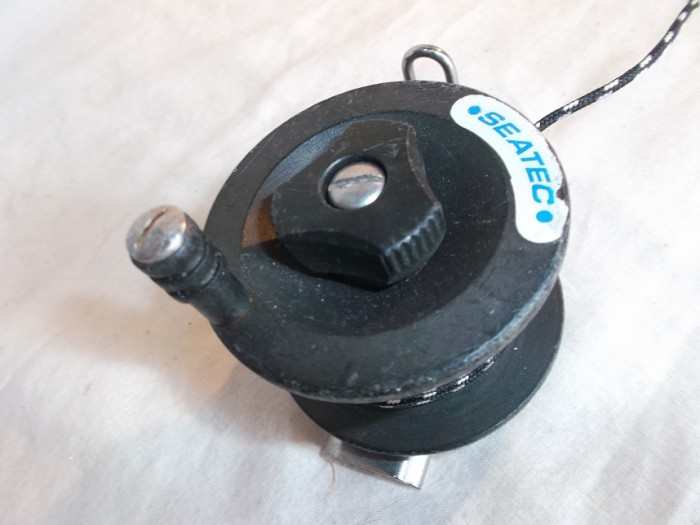 Carrete SeaTec Mini 25 en