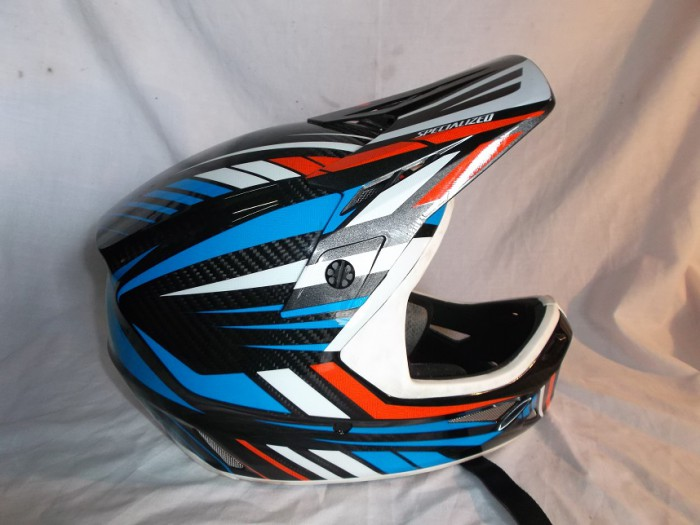 Casco DH Specialized Dissident Carbon en