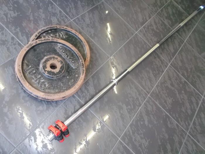 Barra Olimpica 2m + 20 kilos en
