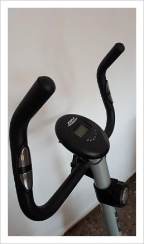 Se vende Bicicleta Estática de segunda mano Bh Fitness H261