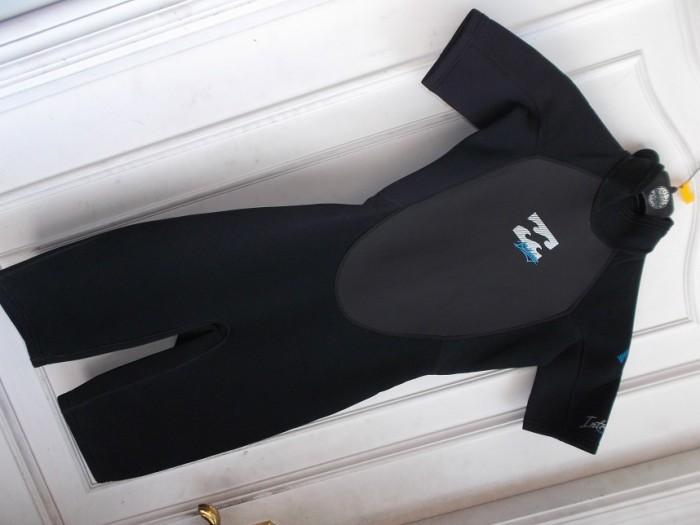 Traje Surf Short Billabong Intruder 202 ESTRENO en